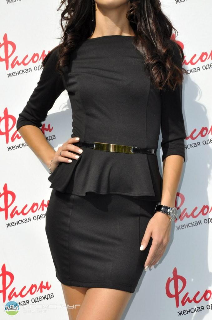 Платье черное с баской