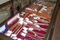 Милиция Кременчуга разыскивает преступников, ограбивших ювелирный магазин
