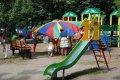Игровые площадки во дворах рассчитаны на детей младшего возраста