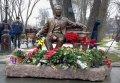 Суд постановил снести памятник убитому мэру Кременчуга Олегу Бабаеву