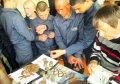 Воспитанникам Кременчугской воспитательной колонии показали оружейные находки времён Великой Отечественной войны