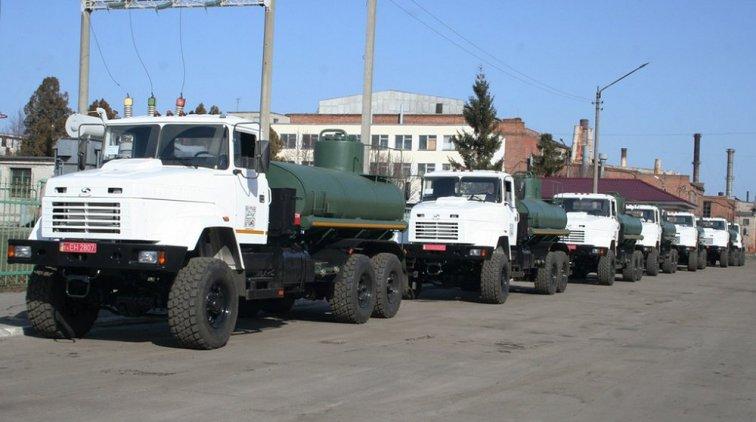Автоцистерны АЦНГ-10-63221. Фото пресс-службы ПАО «АвтоКрАЗ»