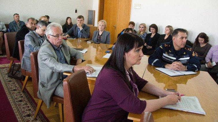 Во время совещания. Фото пресс-службы Полтавской ОГА