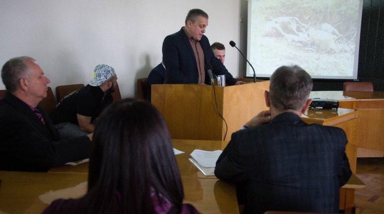 Докладывает Геннадий Пикуль. Фото пресс-службы Полтавской ОГА