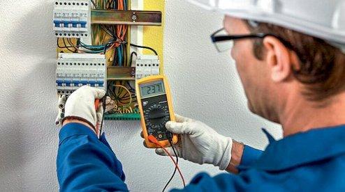 Картинки по запросу Вызов электрика на дом: о чем нужно знать до звонка