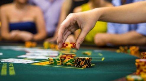 Онлайн покер с обучением вероятность выиграть в казино