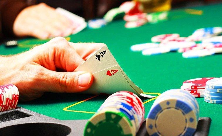 Покер школ онлайн играть в маджонг карты