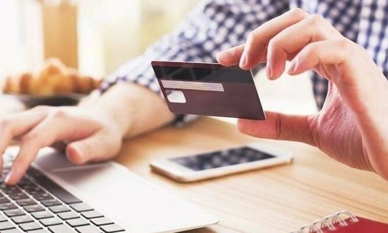 Взять кредит онлайн на карту в Украине